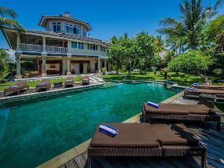 Anyar, Luxury large 5BR Villa, Umalas, Nr Seminyak - Canggu vacation rentals