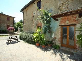 Agriturismo il Poderaccio App.Mignon - Siena vacation rentals