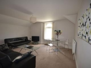 Apartment 12 Astor House Warren Road Torquay TQ2 5TRNo 12 is a garden floor one bed apartment sleeping 2-4 - Torquay vacation rentals