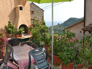 B&B Casa del Sole, relax at Parc of the Monsters! - Bomarzo vacation rentals