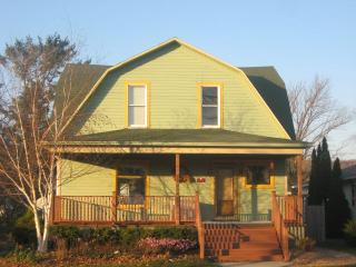 Agape Leelanau Cottage - Beautiful and Historic - Frankfort vacation rentals