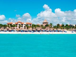 $820/ 2BEDRS HACIENDA SUITE, SANDOS PLAYACAR - Playa del Carmen vacation rentals