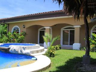 EcoVida Casa Perfecta with Pool at Playa Bejuco - Esterillos Oeste vacation rentals