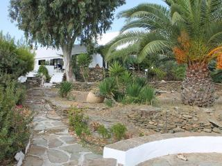 APOLLONIA SUMMER VILLA - Sifnos vacation rentals