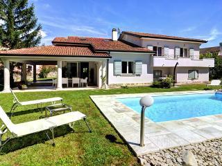 Beautiful villa Eva Luna - TOP PRICE 90,00 EURO - Buzet vacation rentals