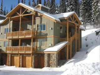 Big White SilverTipLanding 100% ski in/out&hot tub - Okanagan Valley vacation rentals