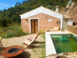 Casa do Pomar - Peace and secrets of Nature - Odemira vacation rentals