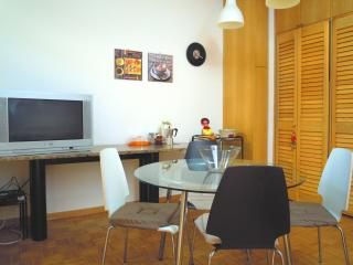 Nice Apartment in Bologna - ViaGessiUno - Bologna vacation rentals