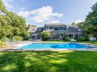 KATAMA RETREAT WITH POOL AND CARRIAGE HOUSE - KAT BMEY-32 - Martha's Vineyard vacation rentals