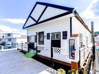 Scenic Bay Float Home Hideaway - Bayview vacation rentals