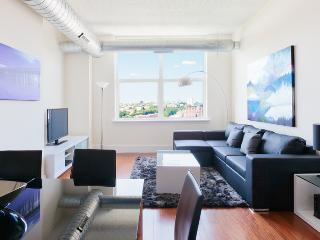 Amazing 4 bedroom apartment ! Sleep 8 to 10 people - Jersey City vacation rentals