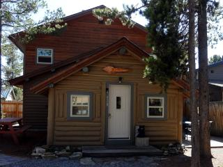 Whiskey Springs Cabin...Cozy log cabin, in town - West Yellowstone vacation rentals