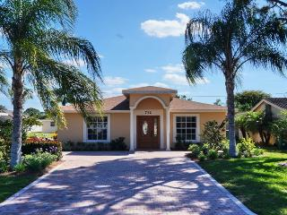 Charming And Exotic Naples Park House - Naples vacation rentals