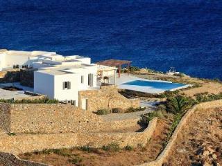 Stylish beach house Villa Liam with pool, terrace, sea access & daily maid - Elia Beach vacation rentals