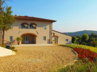 100% PRIVATE POOL!!! Amazing VILLA, Total PRIVACY - Florence vacation rentals