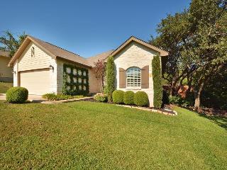 4BR/2BA Beautiful Cottage at Lake Austin, Sleeps 8-10 - Buffalo Gap vacation rentals