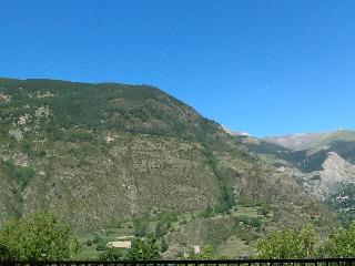 10 minutes walking from Funicamp - Andorra vacation rentals