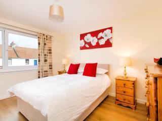 Edinburgh Newhaven Village Harbour Apartment - Edinburgh vacation rentals
