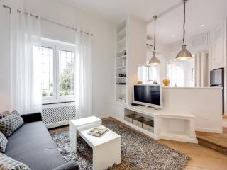 SAN PIETRO luxury apartment - Rome vacation rentals