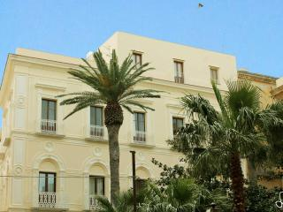 001 Vittoria Apartment in the center with sea view - Trapani vacation rentals