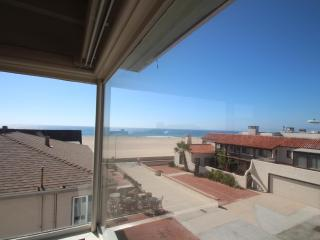 Oceanview on a walkstreet! - Hermosa Beach vacation rentals