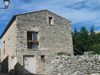 New Barn Conversion-Comfort Of Our Guests In Mind - Alpes de Haute-Provence vacation rentals