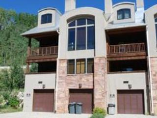 Crossings Townhome #1001 - Crossings Townhome #1001 - Solitude - rentals