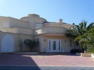 Holiday rental for 5 Bedroom villa in Calpe, Costa Blanca - Calpe vacation rentals