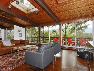 Double Decker - Morrisville vacation rentals