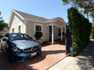 Spectacular 3 Bedroom House plus one bedroom guest house in West Hollywood - Beverly Hills vacation rentals