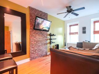 2 BEDROOM APT: free Wifi, DirecTV & Jacuzzi!!! - Los Angeles vacation rentals