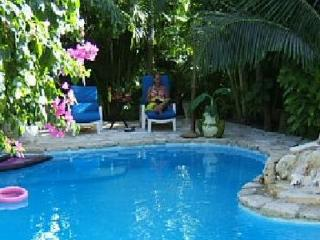 Akumal's Best Deal! - Casa Konomi - Akumal, Rivier - Akumal vacation rentals
