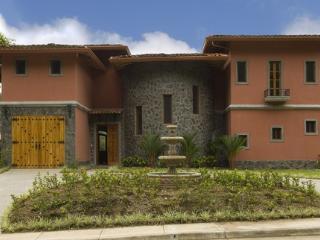 Casa de mi Hermano - Santa Ana vacation rentals