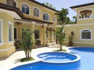 Casa de Suenos - Curridabat vacation rentals