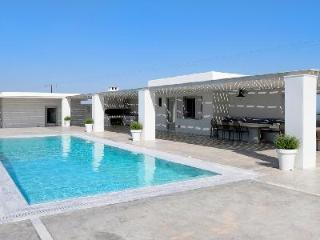 Cycladic style Villa Rodi with pool & spacious sun deck - close to the beach - Paros vacation rentals