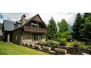 Malh Blanc 2 | Unique, exclusive, spacious, family-friendly... - Vielha vacation rentals