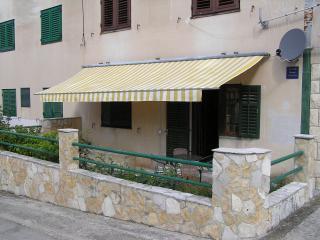 Apartman Mare - Komiža - Komiza vacation rentals