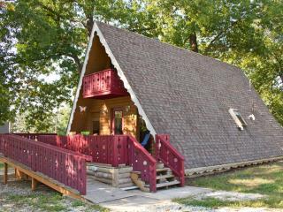 Fairy Tale Cottage near Branson, Missouri - Forsyth vacation rentals