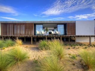 Luxury Beach Villa in Comporta - Heated Pool - Vila Nova de Santo André vacation rentals