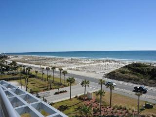 Beautifully-decorated Emerald Dolphin 2 Bdr W/Studio - Sleeps 9 - Pensacola Beach vacation rentals
