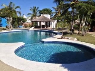 Comfortable House Close To The Beach In The Quiet Area On Royal Country - Mazatlan vacation rentals
