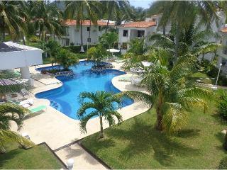 Private Condo in Manzanillo - One block form beach - Manzanillo vacation rentals