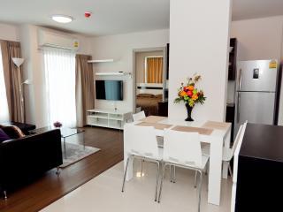 Stay in Phuket city center, dCondo Creek RFH000542 - Kathu vacation rentals