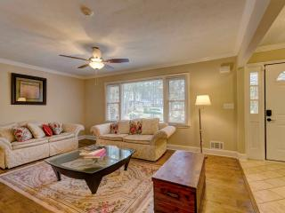 WOW Stunning 4 BDR  with Swimming Pool - Decatur vacation rentals