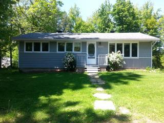 Cottage Style Bungalow ;Navan Charm - Ottawa vacation rentals