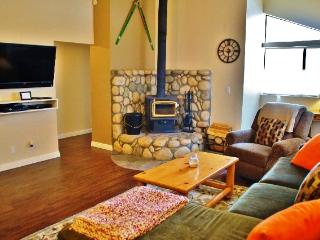Renovated Luxury 2nd Floor - #330 - Mammoth Lakes vacation rentals