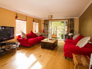 2 Avonbank - Stratford-upon-Avon vacation rentals