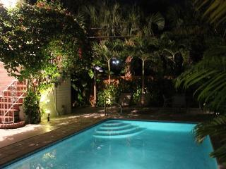 LBTS, Beautiful Studio, Pool.Walk to the beach! - Lauderdale by the Sea vacation rentals