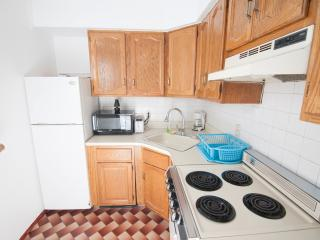 Entire studio 15 min to Manhattan/Times Square - Union City vacation rentals