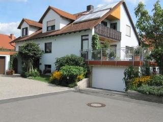 Vacation Apartment in Zapfendorf - relaxed feel, beautiful backyard (# 1129) - Zapfendorf vacation rentals